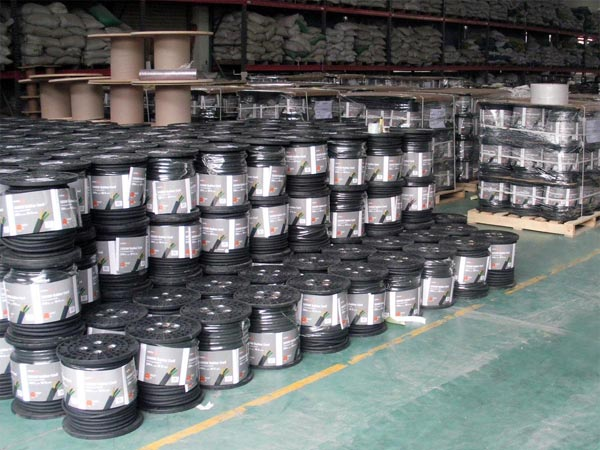 Bulk power cord wire